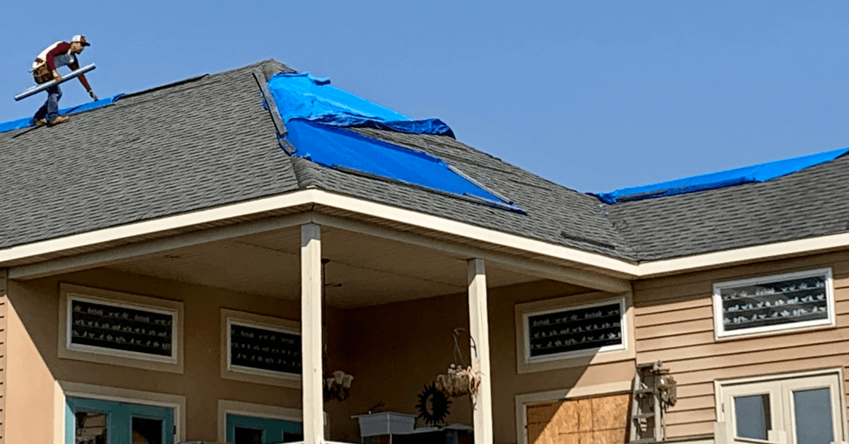 Read more about the article What to Look for on Your Roof After Hurricane?